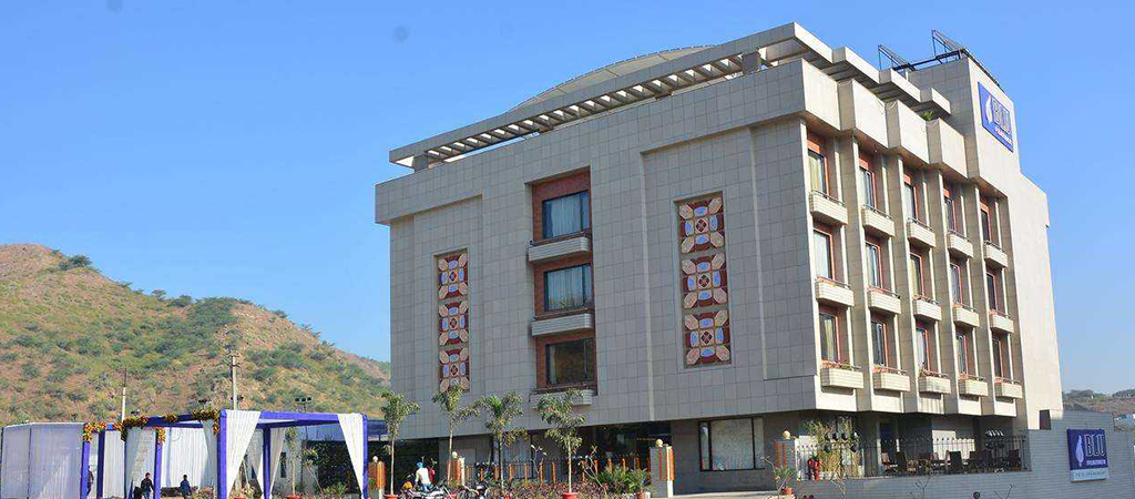 Blu-Feather-Hotel-&-Spa-udaipur