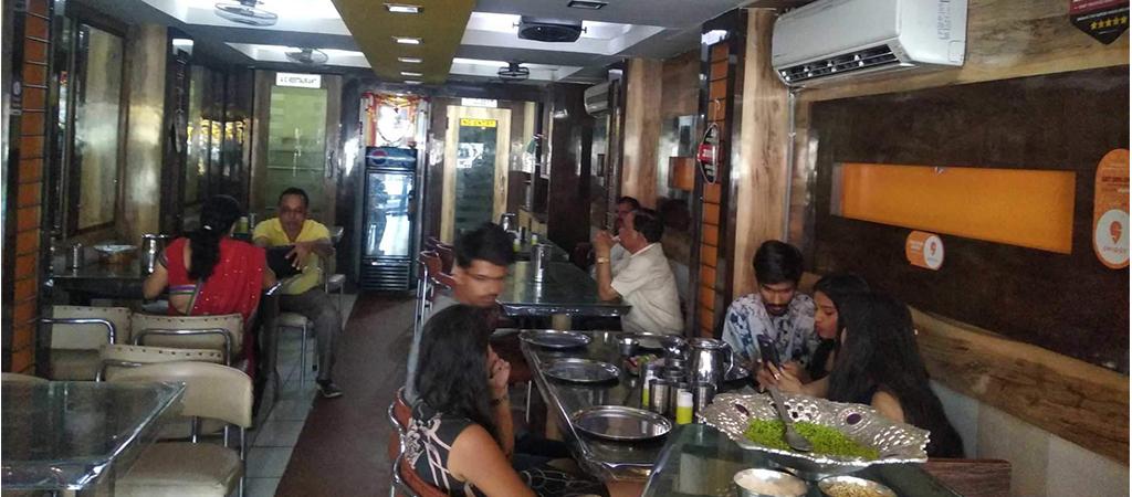 Neelam-Restaurant-udaipur
